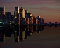 Orizzonte di paesaggio urbano di New York alla notte, nyc, S.U.A. fotografia stock