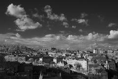 Orizzonte di Praga con la st Vitus Cathedral nei precedenti Fotografia Stock Libera da Diritti