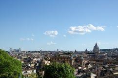 Orizzonte di Roma alla molla Fotografia Stock Libera da Diritti