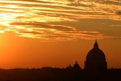 Orizzonte di Roma di tramonto Immagini Stock