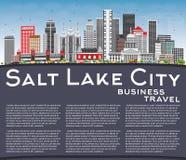 Orizzonte di Salt Lake City con Gray Buildings, cielo blu e la copia Fotografia Stock Libera da Diritti