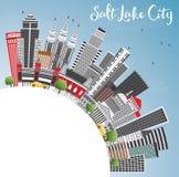 Orizzonte di Salt Lake City con Gray Buildings, cielo blu e lo PS della copia Immagine Stock