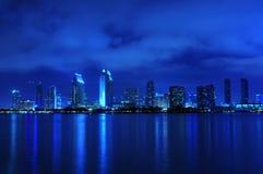 Orizzonte di San Diego alla notte Fotografie Stock Libere da Diritti