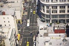 Orizzonte di San Francisco visto da una ruspa spianatrice del cielo con cielo blu Immagini Stock Libere da Diritti