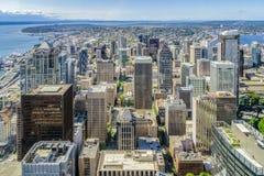 Orizzonte di Seattle, vista aerea del distretto del centro fotografia stock libera da diritti