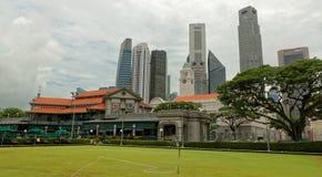 Orizzonte di Singapore dal club del cricket di Singapore fotografie stock