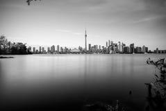 Orizzonte di Toronto al crepuscolo Fotografia Stock Libera da Diritti
