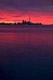Orizzonte di Toronto all'alba Immagini Stock Libere da Diritti