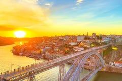 Orizzonte di tramonto di Oporto Immagini Stock Libere da Diritti