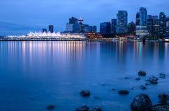 Orizzonte di Vancouver alla notte Fotografia Stock Libera da Diritti
