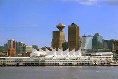 Orizzonte di Vancouver dal porto Fotografia Stock Libera da Diritti