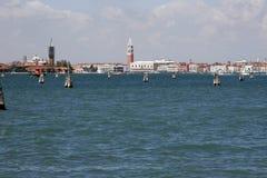 Orizzonte di Venezia da Lido, Italia immagini stock libere da diritti