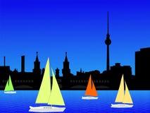 Orizzonte e yacht di Berlino Immagine Stock Libera da Diritti