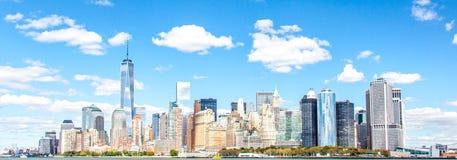 Orizzonte Manhattan del centro Immagine Stock