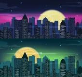Orizzonte urbano della città di notte nella luce della luna Vettore Fotografie Stock Libere da Diritti