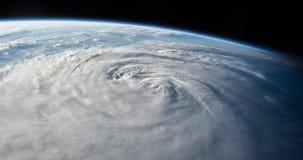 Orkaan zoals die van ruimte wordt gezien stock videobeelden