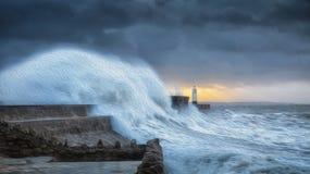 Orkan Brian med effekt för olje- målning arkivbild