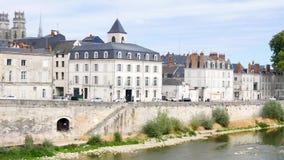 Orléans, miasteczko Francja, dokąd Loire rzeka płynie Horyzontalna panorama zbiory wideo