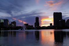 Orlando céntrica, la Florida, en la oscuridad (1) foto de archivo libre de regalías