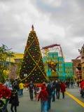 Orlando, de V.S. - 03 Januari, 2014: De achtbaan en spelpaviljoenen in het park De universele Studio's is één van Orlando Royalty-vrije Stock Afbeelding