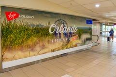 Orlando Is ditt lekplatstecken på Orlando International Airport royaltyfri bild
