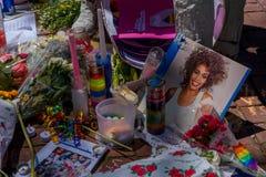 ORLANDO, EUA - 5 DE MAIO DE 2017: Lugar onde Omar Mateen, matado 49 povos e ferido 53 outro em um ódio do ataque terrorista Fotografia de Stock