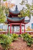 ORLANDO, FLORIDA, DE V.S. - DECEMBER, 2018: Mooie Chinese Bodega bij het Park van Meereola in Autumn Season, Orlando Van de binne stock afbeeldingen