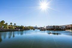 ORLANDO, FLORIDA - Dec, 2017 - Beaultiful-Zonlichtdagtocht bij Universele Studio stock foto's