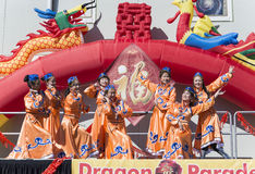 ORLANDO-Florida 9. Februar 2014 - Dragon Parade Lunar New Year F.E. Lizenzfreies Stockfoto