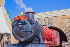 Orlando, Floryda, usa - Maj 09, 2018: Hogwarts Ekspresowy przy Wizarding światem Harry Poter Zdjęcie Royalty Free