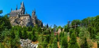 Orlando, Floryda, usa - Maj 09, 2018: Hogwarts kasztel przy Wizarding światem Harry Poter w przygody wyspie Zdjęcia Royalty Free