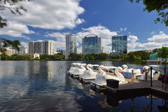 Orlando Skyline Lake Eola Royaltyfria Foton
