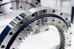 Orlo del metallo con sistema d'ingranaggi interno Dettaglio per un motore di automobile fotografia stock libera da diritti