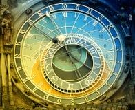 Orloj astronomisk klocka i Prague Fotografering för Bildbyråer
