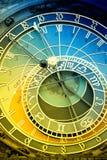 Orloj astronomisk klocka i Prague i Tjeckien royaltyfri bild