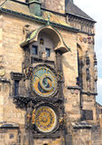 Orloj, Dziejowy średniowieczny astronomiczny zegar, Stary urząd miasta, Praga, republika czech zdjęcia royalty free