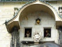 Orloj symboliska fönster - detaljer Royaltyfria Bilder