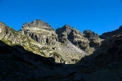 Orlovets峰顶, Rila山惊人的看法  免版税库存照片