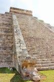 Orm av El Castillo arkivfoton
