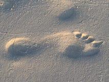 Orma nella sabbia della spiaggia Immagini Stock Libere da Diritti