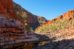 Ormistonkloof, Noordelijk Grondgebied, Australië stock afbeeldingen