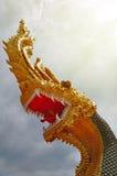 Ormkonungen Statue Royaltyfri Bild