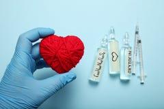 Ormone di amore, ossitocina di biochimica Amore e cuore fotografia stock