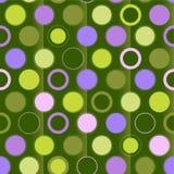 Orna il puntino di Polka su priorità bassa verde Fotografia Stock Libera da Diritti