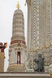 Ornament detalhes de Wat Arun, Banguecoque, Tailândia Imagem de Stock