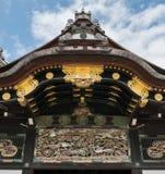 Ornamentacja na dachach Nijo kasztel w Kyoto zdjęcie stock