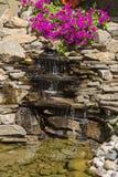Ornamentacyjna siklawa z kwiatami Obraz Stock