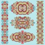 Ornamentacyjny dekoracyjny etniczny kwiecisty przybranie dla twój projekta ilustracja wektor
