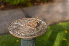 Ornamentacyjny sundial w dopasowywającego parku w San Francisco obraz stock