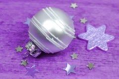 Ornamenti d'argento di Natale Fotografia Stock Libera da Diritti